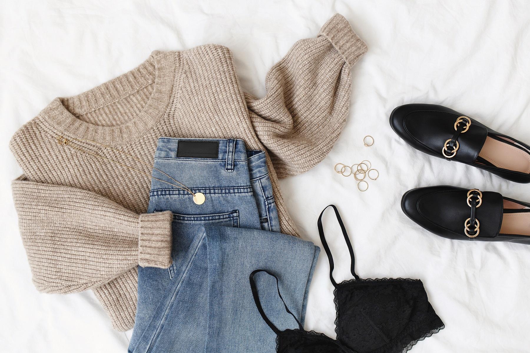 bluzka-spodnie-buty